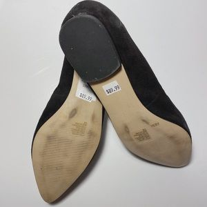 Banana Republic Shoes - Banana Republic Velvet Flats w Beaded Gunmetal Bow